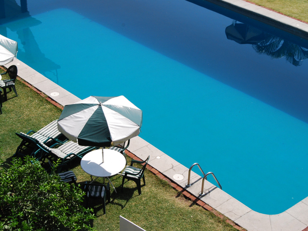 We Make Opening and Closing Your Pool Easy